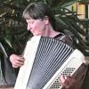Kristin Saric, Akkordeonistin, auf der website von Peter M.Haas