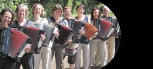 Bild: Akkordeonschülerinnen von Peter M. Haas